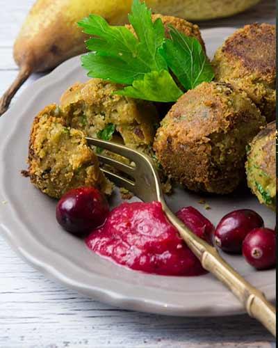 Festive-Vegan-Falafel-with-Cranberry-Pear-Dip